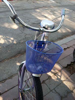 Solo nesecita. Aire for Sale in Los Angeles, CA