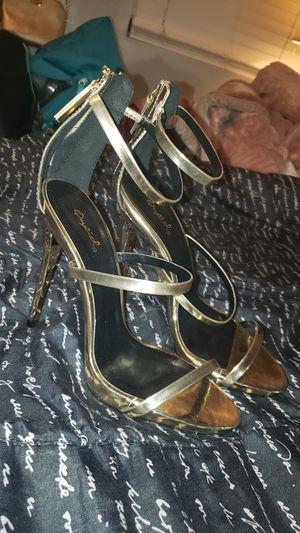 Gold heels for Sale in Hacienda Heights, CA
