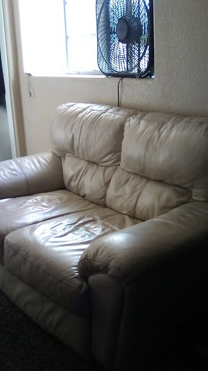 White leather couch 50$ for Sale in Chandler, AZ
