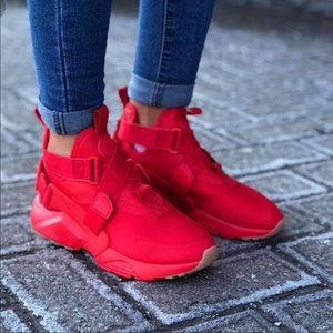Woman Nike Huarache City New size 10.5 for Sale in Forestville, MD