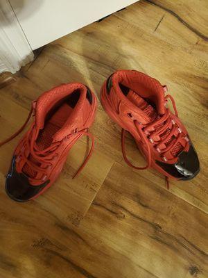 Only worn twice Size 7 Reebok Allen Iverson's $75. Retail $90 for Sale in Red Oak, TX