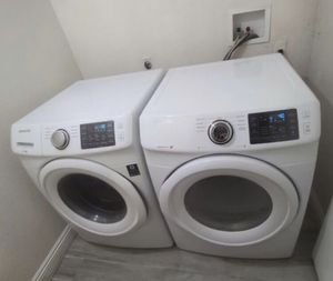Samsung Washer and Dryer Gas Steam Sensor, Excellent Working Condition, Very Clean Like New for Sale in West Covina, CA