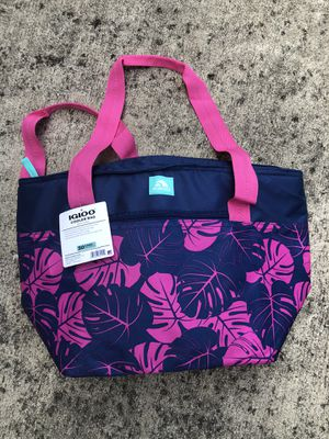NEW igloo beach bag for Sale in Baltimore, MD