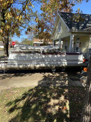 1984 crest ll Std pontoon boat and trailer for Sale in Evansville, IN