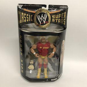 WWE Classic Superstars hulk hogan action figure w belt for Sale in San Fernando, CA