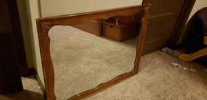Antique mirror (Bassett Furniture) for Sale in Austin, TX