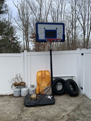 Basketball hoop for Sale in Washington Township, NJ