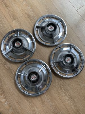 1963 impala ss hubcaps for Sale in Seattle, WA