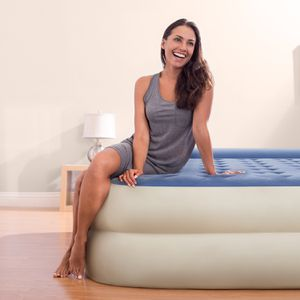 Super Comfortable Extra Thick Queen Air Mattress Durable Guest Room Camping for Sale in Hemet, CA