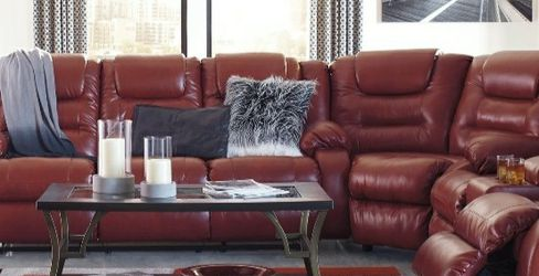 [SPECIAL] Vacherie Salsa Reclining Sectional for Sale in Washington,  DC