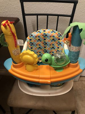 Infantino seat and booster for Sale in Los Angeles, CA
