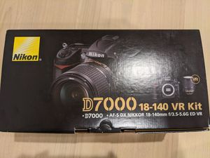 Nikon D7000 16.2MP D-SLR with 18-140mm f/3.5-5.6G ED VR AF-S DX NIKKOR Zoom Lens for Sale in Fremont, CA