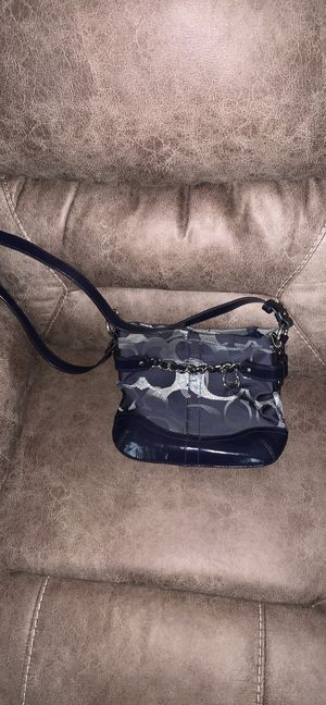 Coach purse for Sale in Hannibal, MO