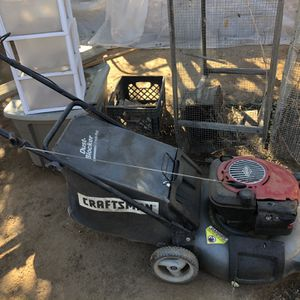 Craftsman Lawn Mower for Sale in Riverside, CA