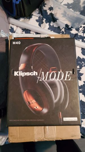 Klipsch mode with noise cancelling for Sale in El Paso, TX