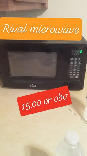 Free couch & kitchen table, sale Microwave and Full Bed for Sale in St. Louis, MO