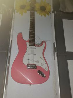 Pink Electric Guitar Bwg for Sale in Snohomish,  WA