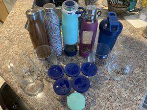 15 piece lot water bottles wine glasses jar containers Contigo Ello Blender Bottle Godinger for Sale in North Las Vegas, NV