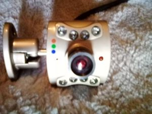 SMALL DESCREAT AND VERRY EASY TO USE AND VERRY PORTABLE FULLY COLOR AND WOEKS I N THE DARK.COMPLET 50# OBO. PLUGS IN easy for Sale in Fresno, CA