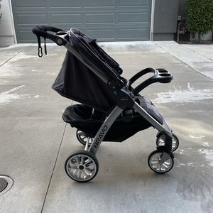 Car Seat, Base And Stroller. Chicco Bravo key fit 30 for Sale in Chula Vista, CA