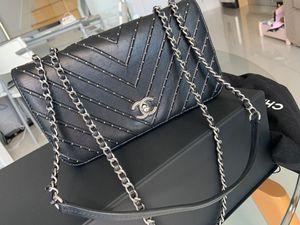 Chanel original black handbag for Sale in Miami, FL