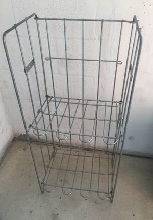 2 Level folding metal newspaper or magazine rack for Sale in Pompano Beach, FL