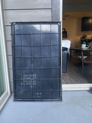 Medium dog crate for Sale in Vacaville, CA