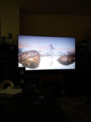 Mitsubishi 70 inch TV for Sale in Everett, WA