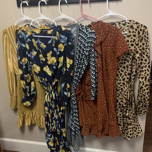 5 Dresses Lot for Sale in Aloha, OR