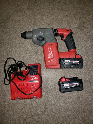 Rotary Hammer drill milwuakee fuel brushless incluye 2baterías 5.0 y cargador for Sale in Springfield, VA