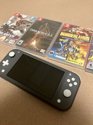 Nintendo switch lite (bundle) for Sale in New York, NY