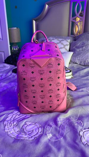 MCM pink backpack $500 for Sale in Auburn, WA