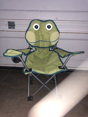 KIDS FROG CAMPING CHAIR for Sale in Renton, WA