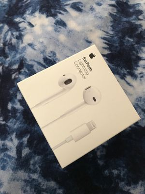 Apple ear pods brand new $20 for Sale in Hartford, CT