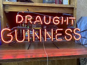 Draught Guinness Neón sign (made in America) for Sale in Stockton, CA