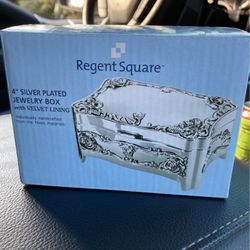 Jewelry Box for Sale in Plainfield,  IL