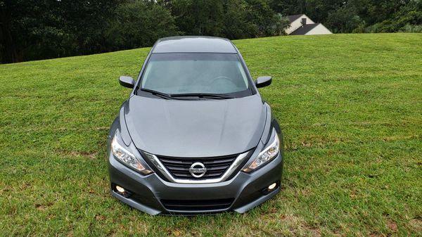 Nissan altima sr 2017 (título limpio )