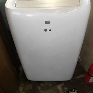 LG portable AC UNIT for Sale in Katy, TX