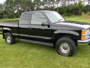 Price$5OO SILVERADO Fully Loaded Truck for Sale in Frederick, MD