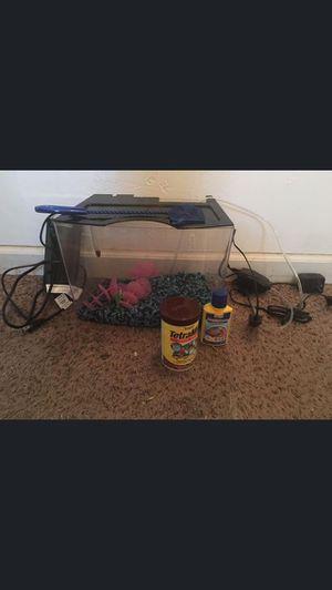 Fish Tank for Sale in Rosamond, CA