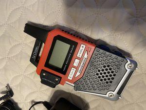 La Crosse NOAA Weather Radio AM/FM Radio & Alerts with Flashlight S89102 for Sale in Queen Creek, AZ