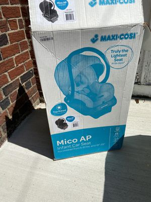 Maxi cosi infant car seat. Great condition for Sale in Brooklyn, NY