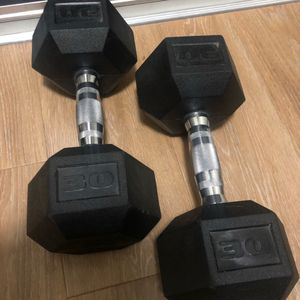 30 Lbs Dumbells for Sale in Seattle, WA