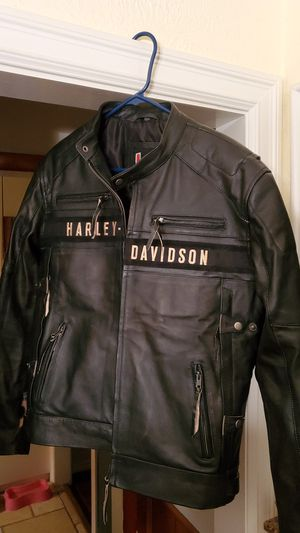 NEW NEVER WORN HARLEY DAVIDSON LEATHER JACKET for Sale in Hurst, TX