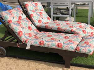 Outdoor lounge chairs for Sale in San Diego, CA