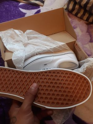 """Vans """"Off The Wall"""" White/Size 9 for Sale in Chicago, IL"""