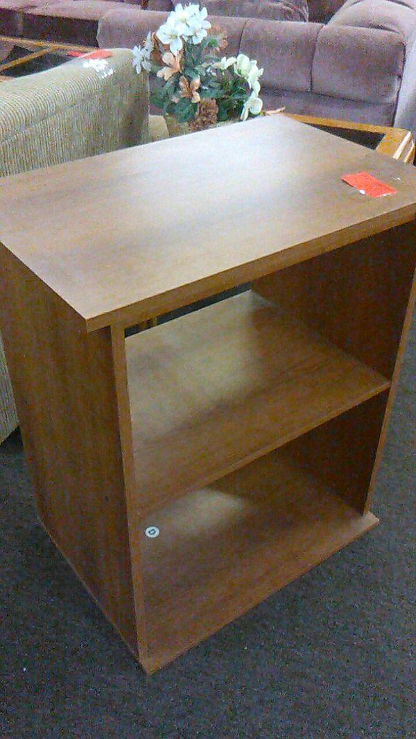 Small Shelf Stand #370