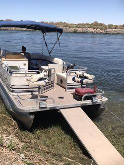 24 Ft Pontoon Boat for Sale in Garden Grove,  CA