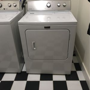 Maytag Washer and Dryer for Sale in Lynnwood, WA