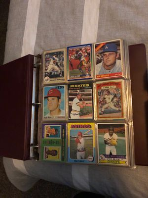 BASEBALL CARDS FROM DIFFERENT AGES for Sale in Kingsburg, CA